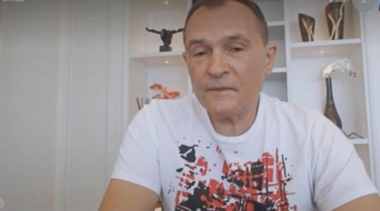 Васил Божков се гласи август да е в България