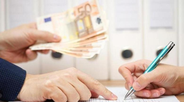 Пандемията стопи парите, които българите в чужбина изпращат у нас