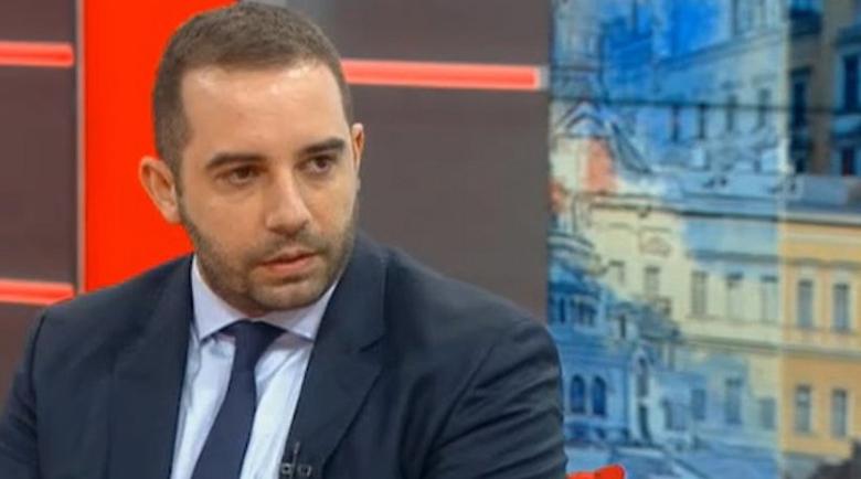 """Богдан Кирилов: Няма индикация за спиране на ваксинирането с """"АстраЗенека"""""""