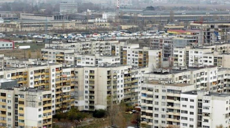 Софиянци бягат на село, продават панелките