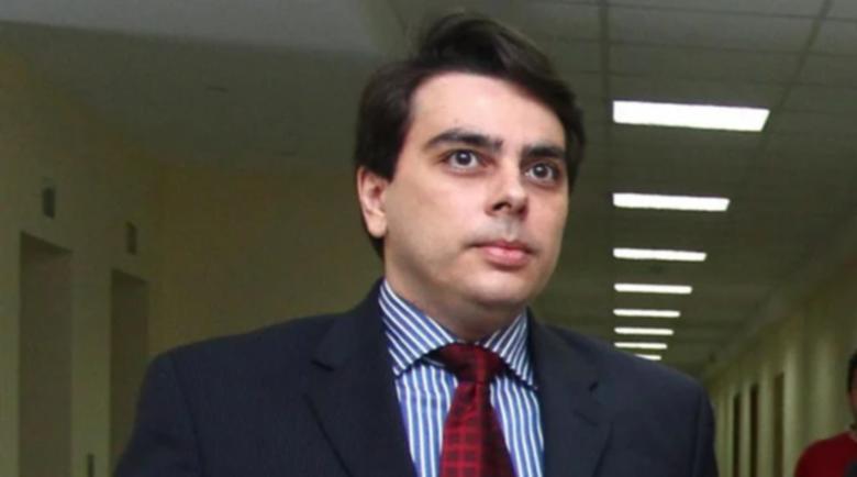 Асен Василев: Ще мисля няколко дни за политическата си кариера