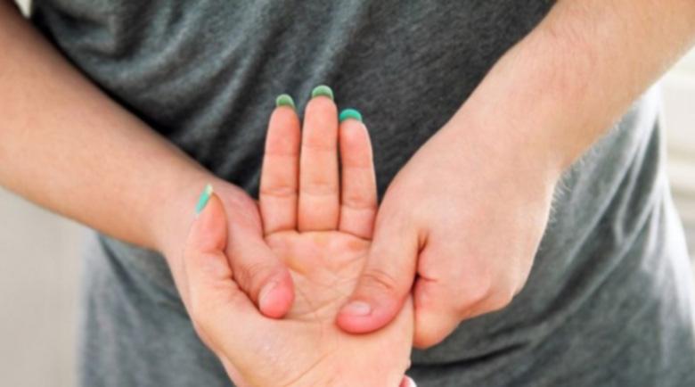 Конски кестен, люти чушки и масаж с евкалипт стопират артрита