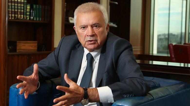 "Олигархът Вагит Алекперов е собственик на ""България мол""?"