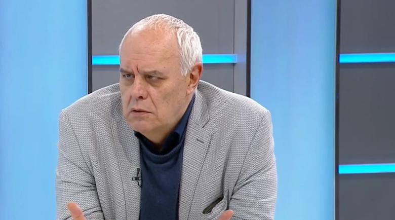 Социологът Андрей Райчев: Хората са отвратени!