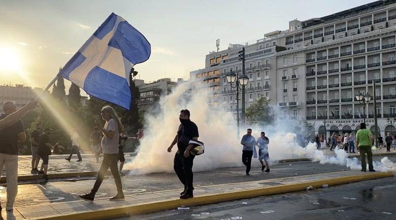 Протестите в Гърция срещу ваксинацията продължават