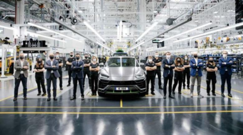 Lamborghini произведе 15 хиляди Urus-а