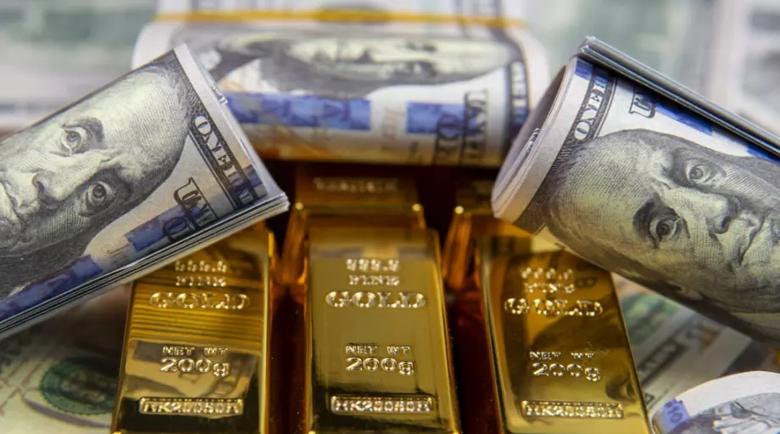 За да не фалират, САЩ вдигнаха тавана на държавния си дълг